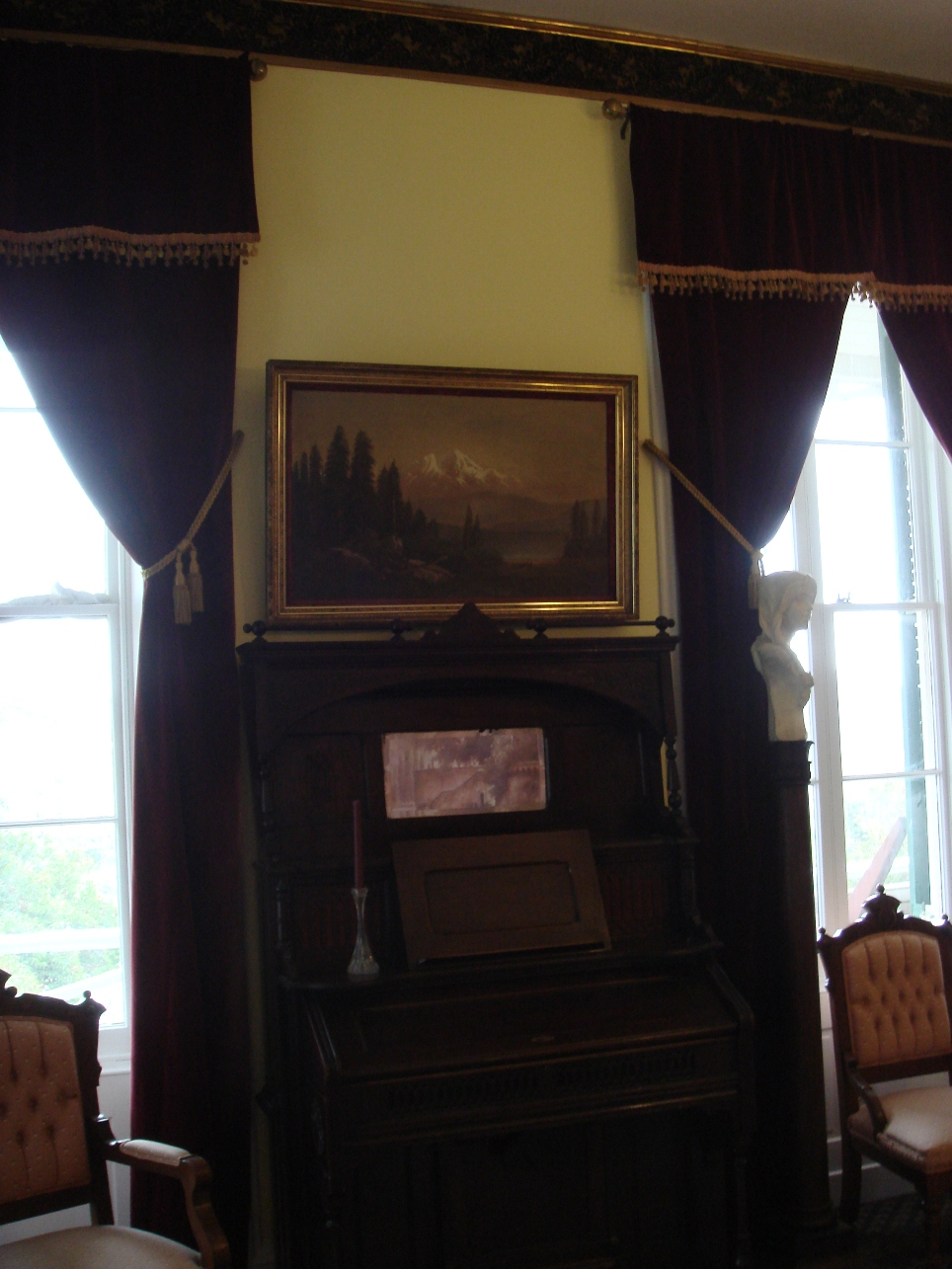 Side Parlor View